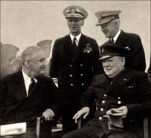 Franklin Roosevelt and Winston Churchill (1941)